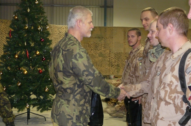 General Pavel hands over traditional Christmas gifts