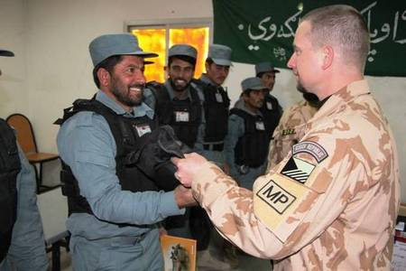 Czech MP hands over aids to Afghan Local policemen