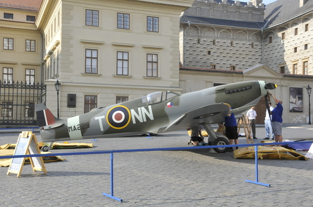 The life-sized replica of the Mk. IX Spitfire displayed in front of Prague Castle (provided by the Spitfire Club in Jihlava, Czech Republic)