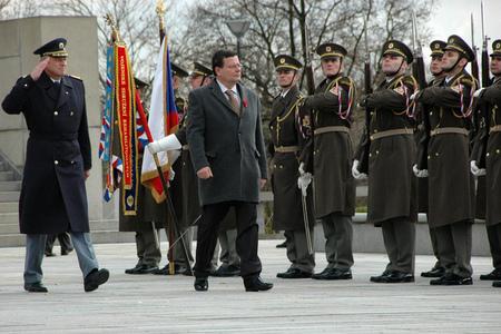 Defence Minister Alexandr Vondra accompanied by General Vlastimil Picek greets the Honour Guard at the Prague - Vitkov Memorial