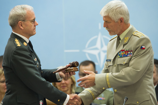 General Petr Pavel receives NATO Military Committee gavel from General Knud Bartels