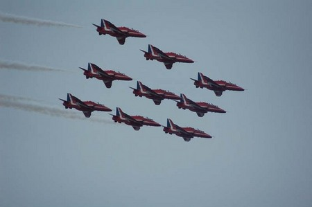 NATO DAY 2006: British RED ARROWS formation