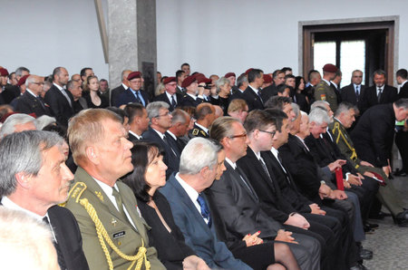 Hundreds of mourners paid tribute to General Klemes