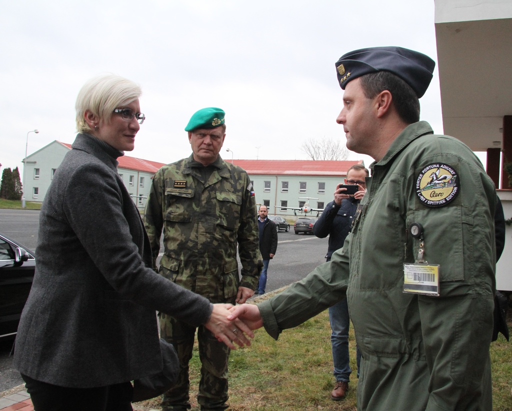 Colonel Petr Tomanek, Commander of 21st TAF Base, welcoming Minister of Defence Karla Slechtova accompanied by General Josef Becvar, Chief of the General Staff