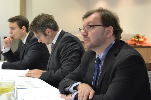 Director of Defence Policy Department of the Defence Policy and Strategy Division Jan Jires (right) also attended the session