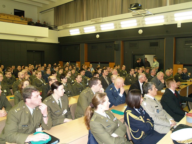 The academic audience of the University of Defence in Brno (2)