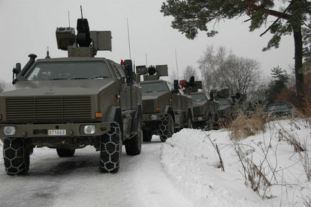 Vehicles of the 2nd company are ready to set off to attack. Snow chains necessary!