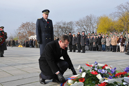 First Deputy Defence Minister Jiri Sedivy and Chief of the General Staff Vlastimil Picek lay a wreath