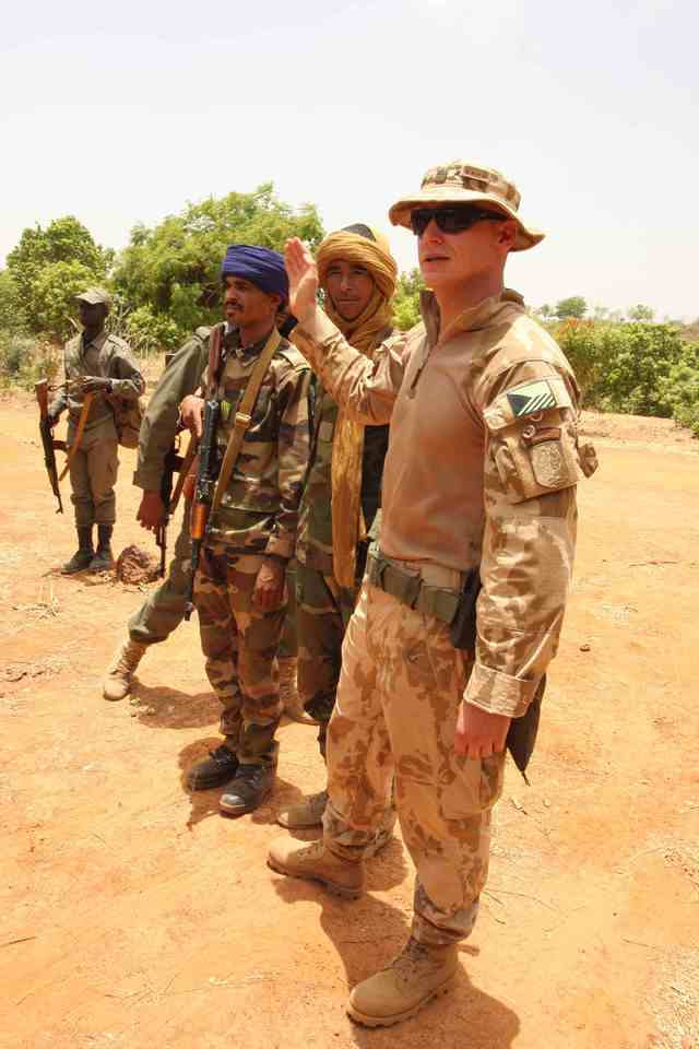 Training of Malian soldiers by Czech instructors