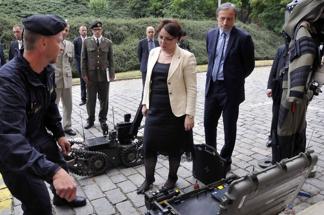 The equipment of the Military Police used for explosive ordnance disposal on display for Minister Khidasheli