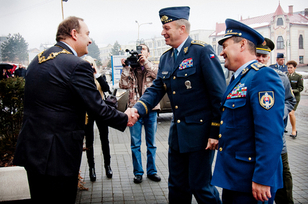 Milan Gura, Mayor of Cadca, welcomes General Picek in front of the Town Hall