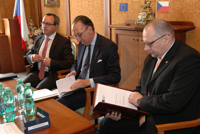 EDA representatives at talks with Czech ministerial officials