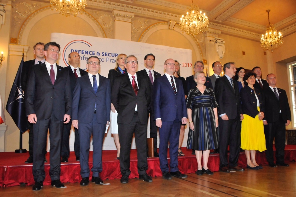 European politicians at the conference with Czech Prime Minister Bohuslav Sobotka (middle front row)