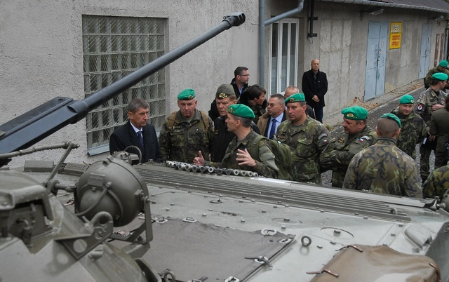 Minister Babis telling soldiers about the military budget increase
