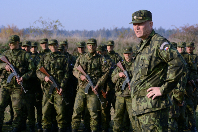 General Becvar meeting with other recruits trained in Vyskov