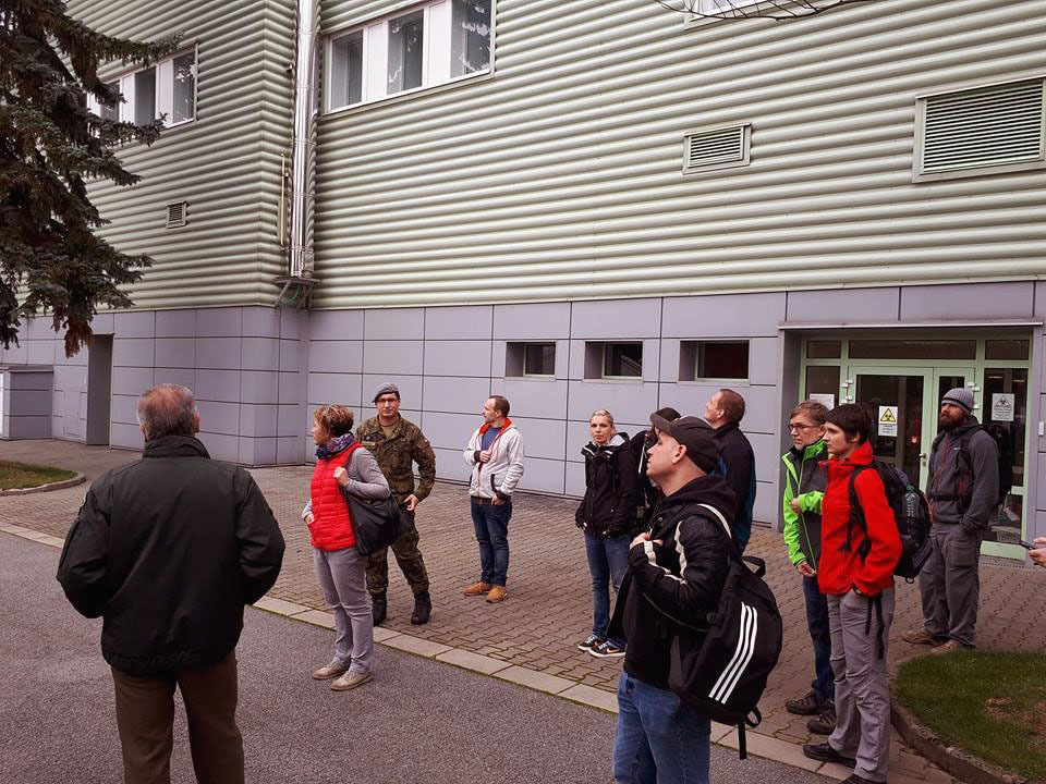 Active reservists visiting the Techonin Biological Defence Centre