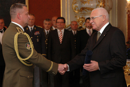 Vaclav Klaus congratulates to Major General Miroslav Zizka