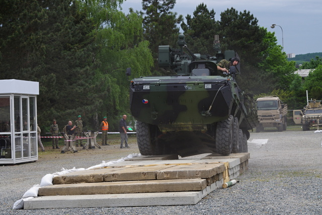 Pandur vehicle during a dynamic demonstration of ACR equipment
