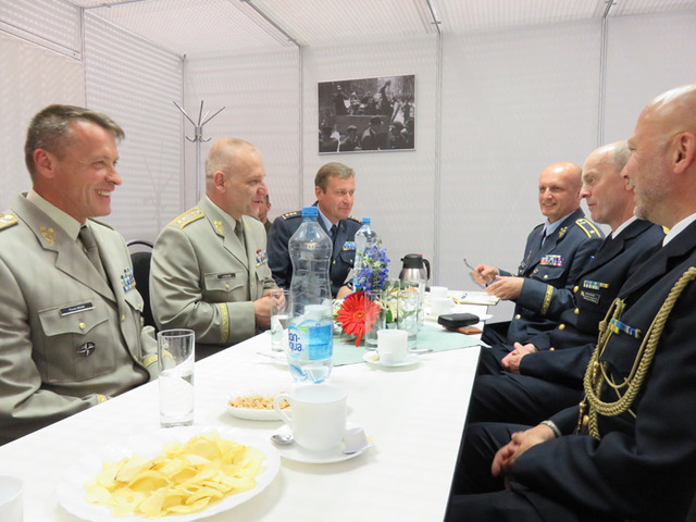 General Baloun in talks with the Swedish delegation