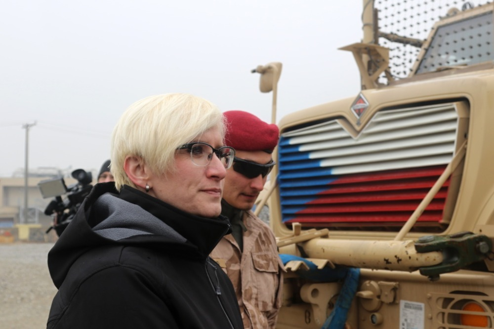 Minister Slechtova inspecting Czech soldiers' materiel and vehicles (1)