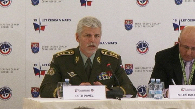 The Chief of General Staff of the ACR, Lieutenant General Petr Pavel, openly warns of critical shortage of funding