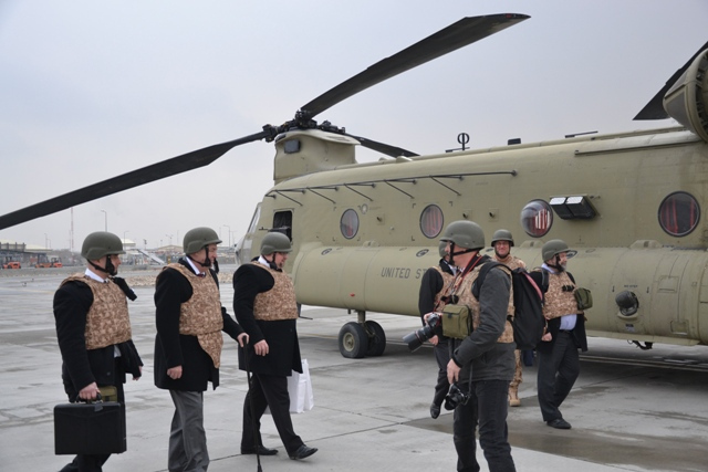 President Zeman boards the Chinook helicopter to fly to Bagram