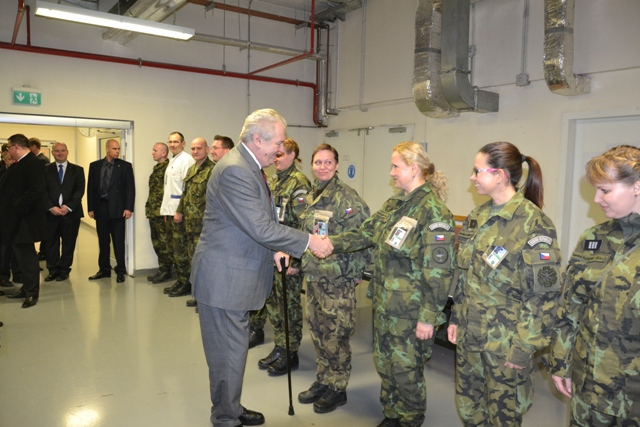 President meets with Czech doctors and medics at the French Military Hospital at the KAIA Base