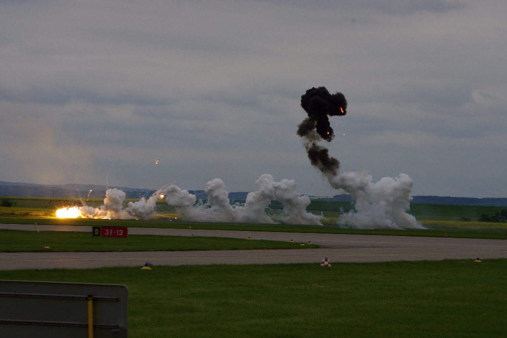 Simulated attack of the L-159 to ground targets