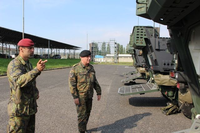 Lieutenant Colonel Jiri Libal, Commander of the 41st Mechanised Battalion, presenting the Pandur fighting vehicles to General Jacobson