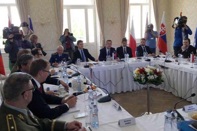 Meeting of ministers (1)