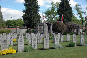 Cemetery of Commonwealth WWII soldiers (1)
